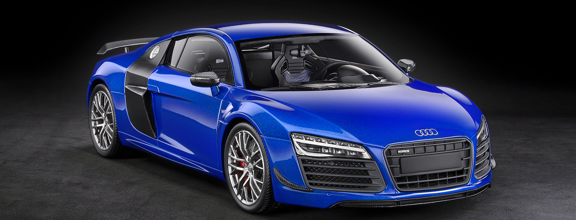 Audi R8 LMX DNA Collectibles 1/18